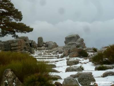 Hiking Calzada Romana de Cercedilla; la pedriza viajes singles puente de diciembre valverde de los a